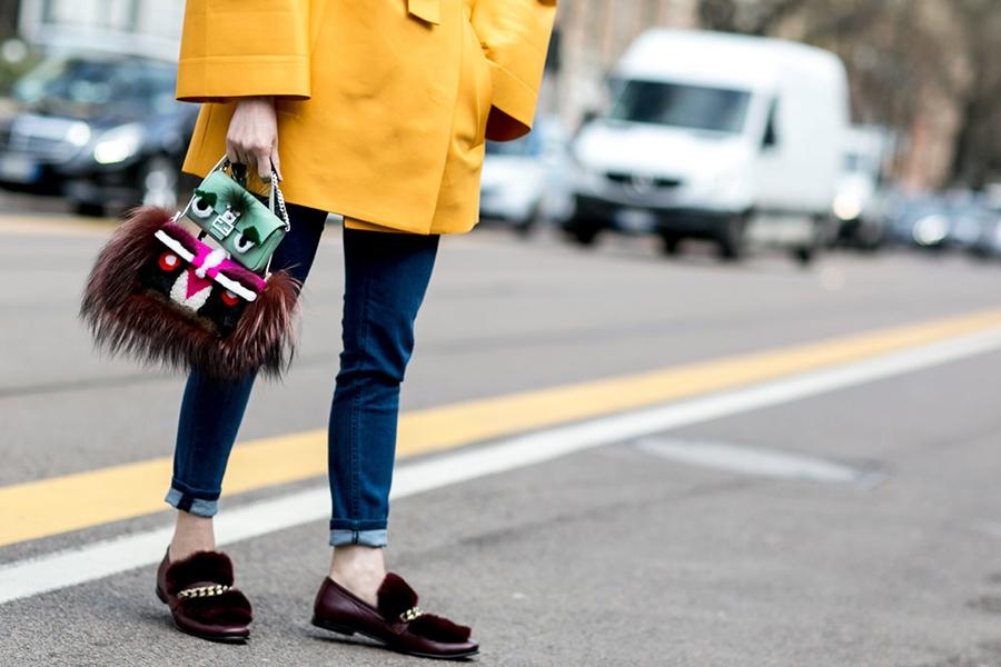 Fall-2015-Milan-Fashion-Week-Street-Style-10-Fendi-bags_600px