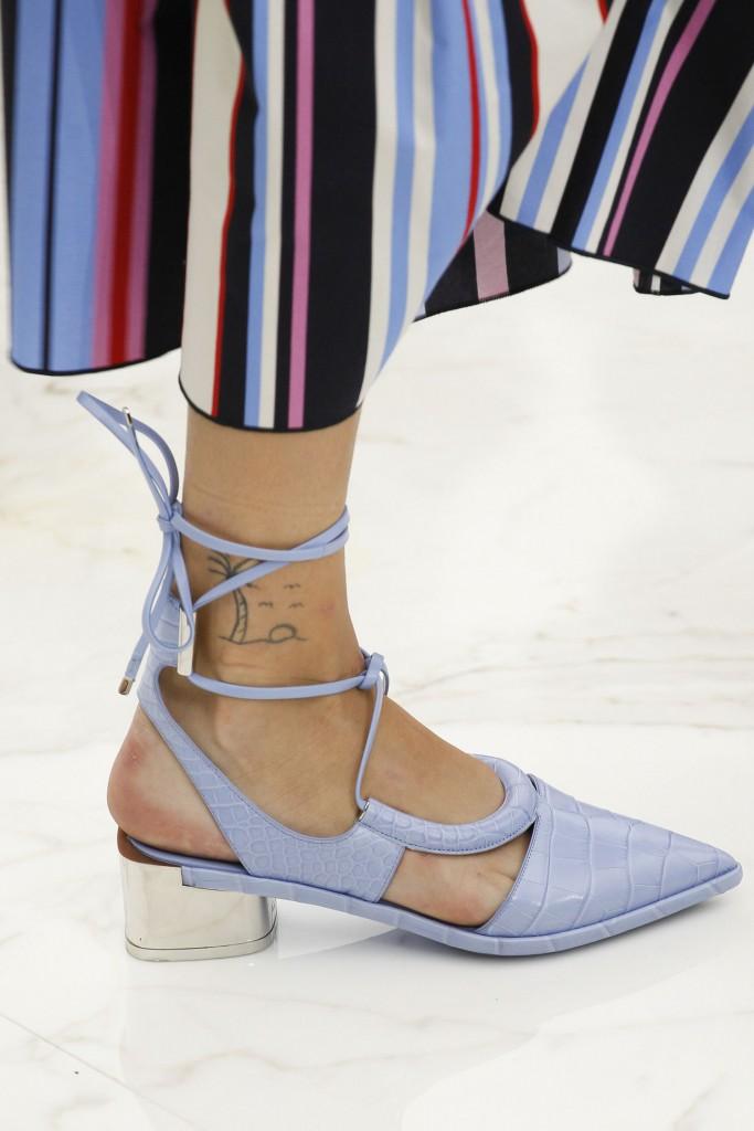 02-spring-2016-shoe-trends-pointed-toe-heels-salvatore-ferragamo-main