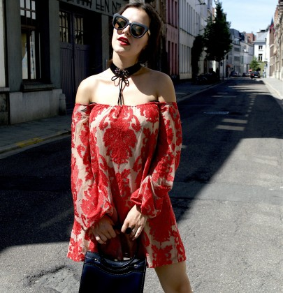 THE OFF SHOULDER ISSUE